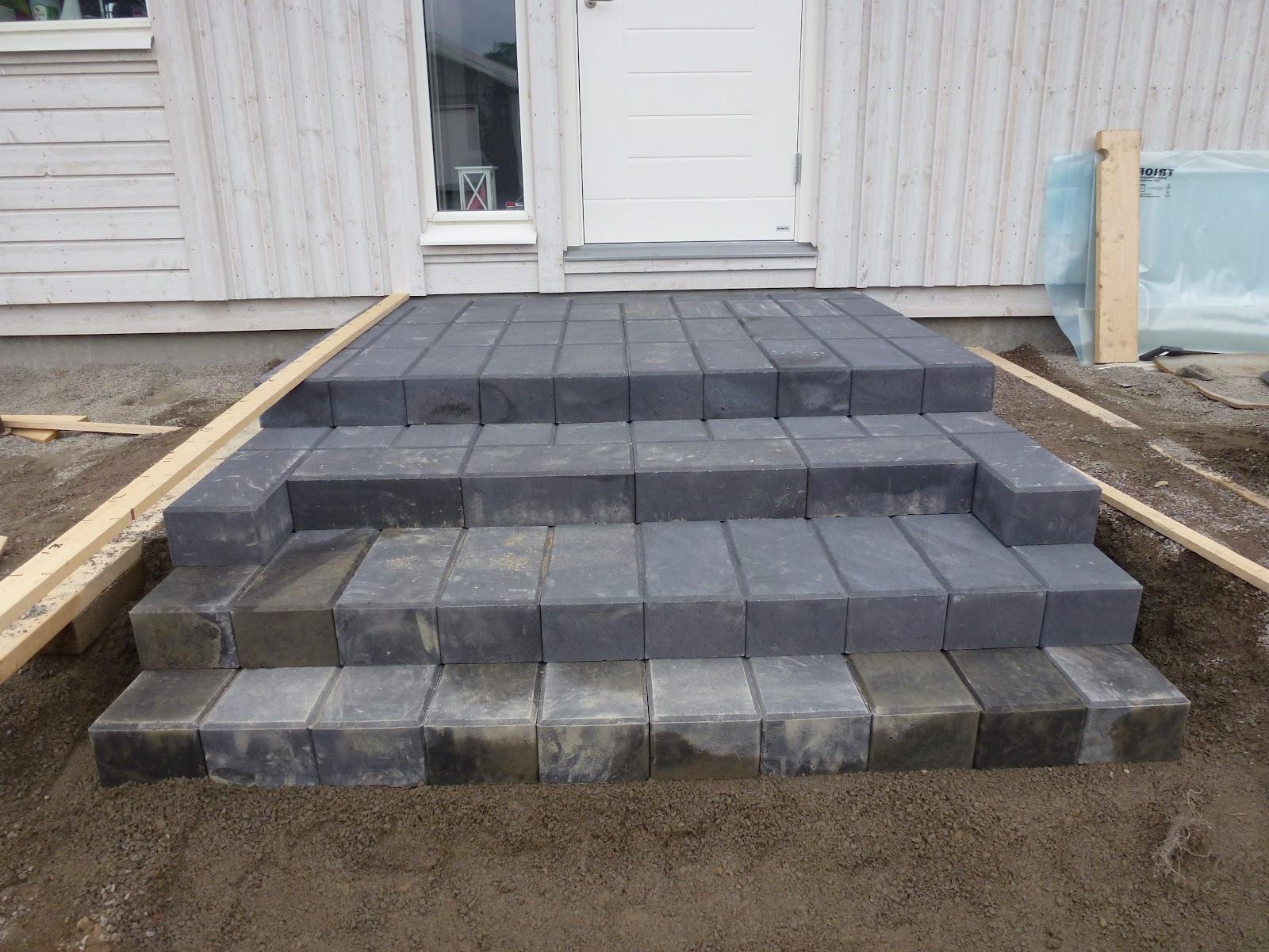 Vi byggar Villa Kalmar från Smålandsvillan =-: Trappan på ...