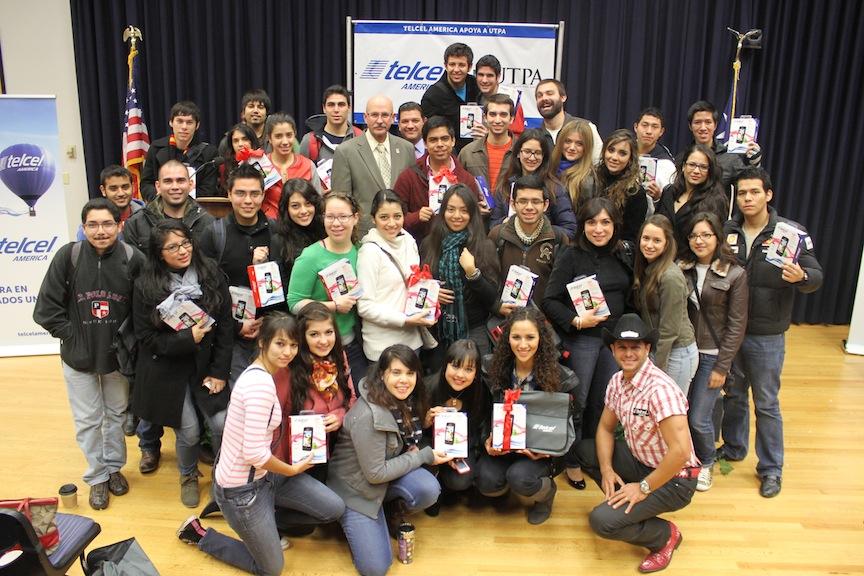 Telcel AMERICA apoya estudiantes latinos en EEUU