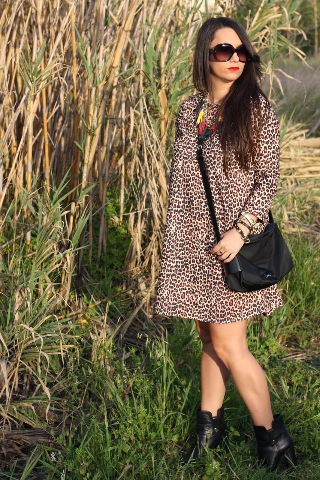 http://silviparalasamigas.blogspot.com.es/2015/04/vestido-evase-leopardo.html