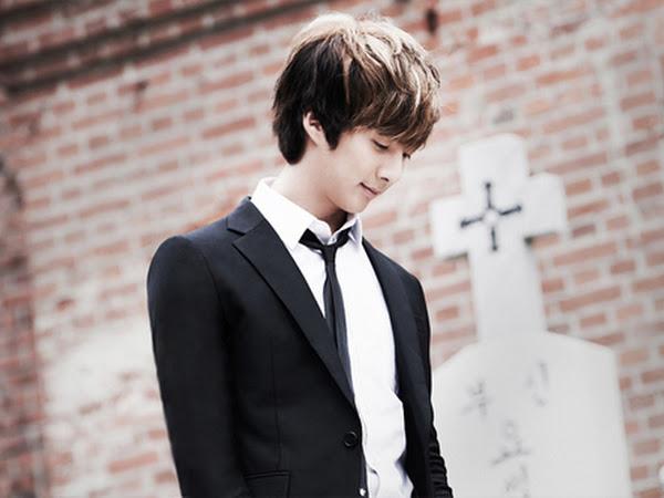 Kim hyung jun long night dresses