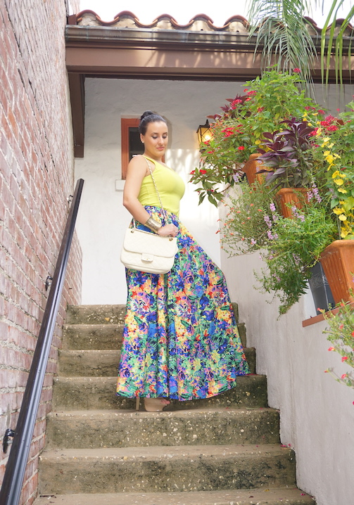 OOTD-Tropical-Paradise-Tropical-A-Line-Skirt-+-Neon-Blouse
