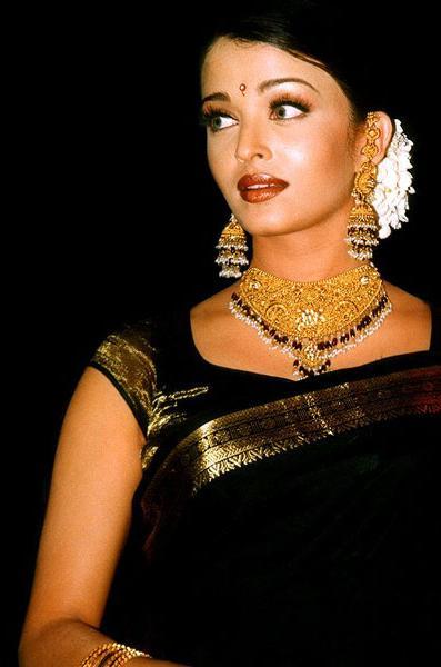 aishwarya rai beautiful in black wallpapers - Aishwarya rai beautiful in black wallpapers 4K Ultra HD