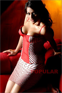 Gambar Bugil Foto Anna Dearhart Model Majalah Popular