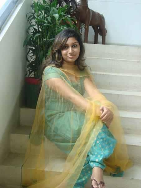 Bangla movie latest hot song sohel and urmila সহলআরউরমলরহটগন - 1 4