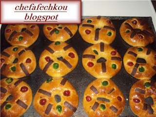brioches aux fruits confits