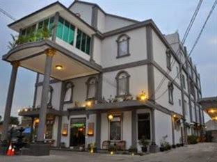 Harga Hotel Dekat Cipanas Garut, Ghotic Hotel