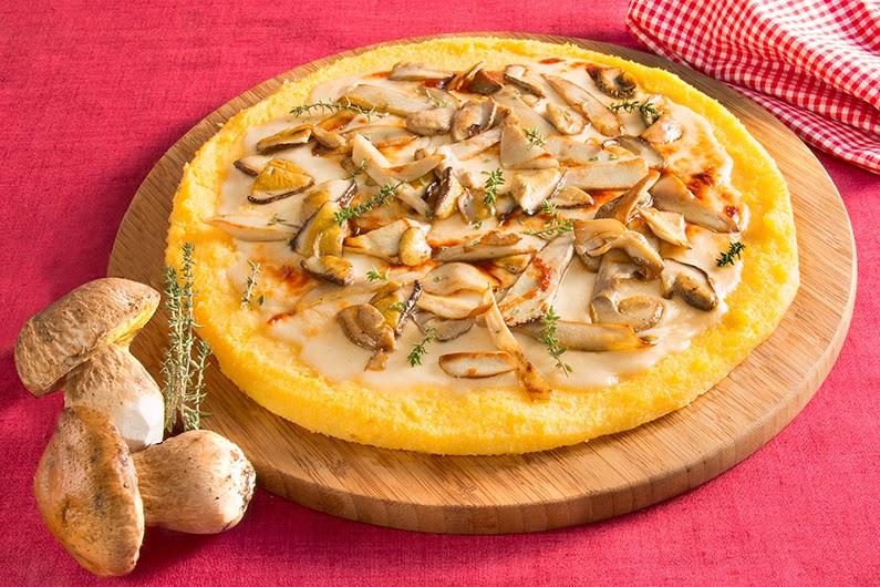 pizza di polenta con funghi