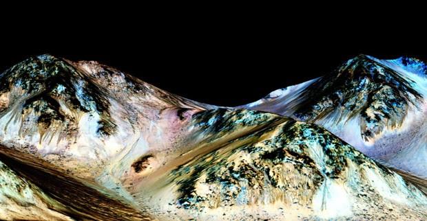Água salgada em Marte?