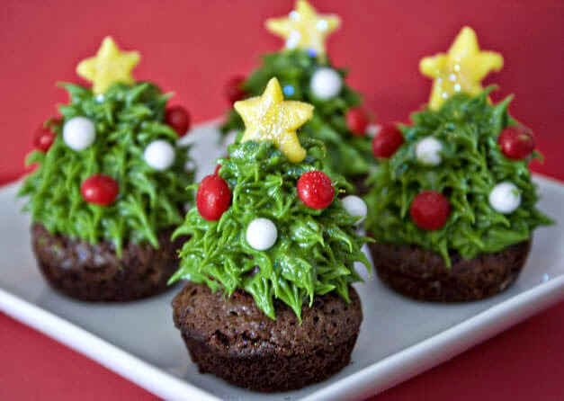 Strawberry Christmas Tree Brownie Bites, Sweet Tooth