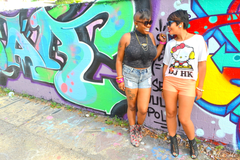 Graffiti Hello Kitty OOTD via Hkheartandsole