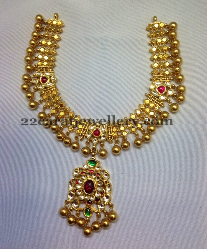 Vintage Solid 22 Carat Gold Necklace Earring Pair Set: 70 Gms Kundan Tussi Short Necklace
