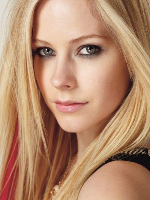 Especial Fotos: Avril Lavigne Especial Fotos