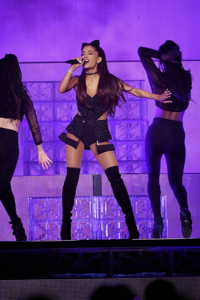Arts Cross Stitch Singer Actress Ariana Grande Performing At Madison Square Garden In Nyc