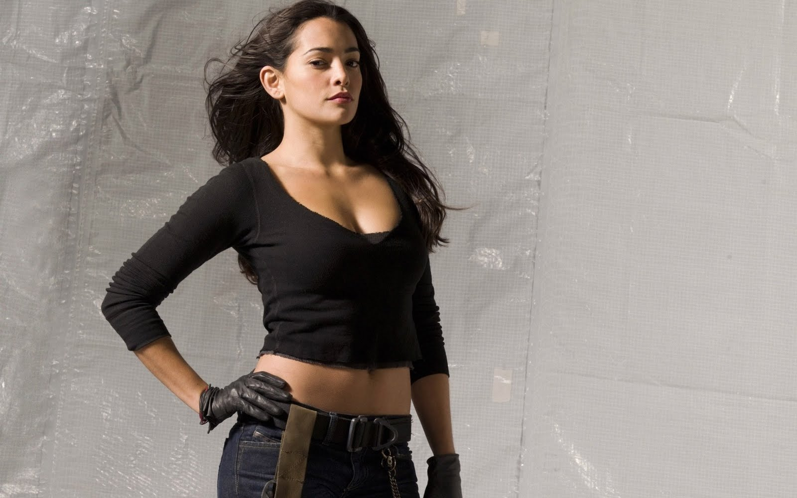natalie martinez hot wallpaper -#main