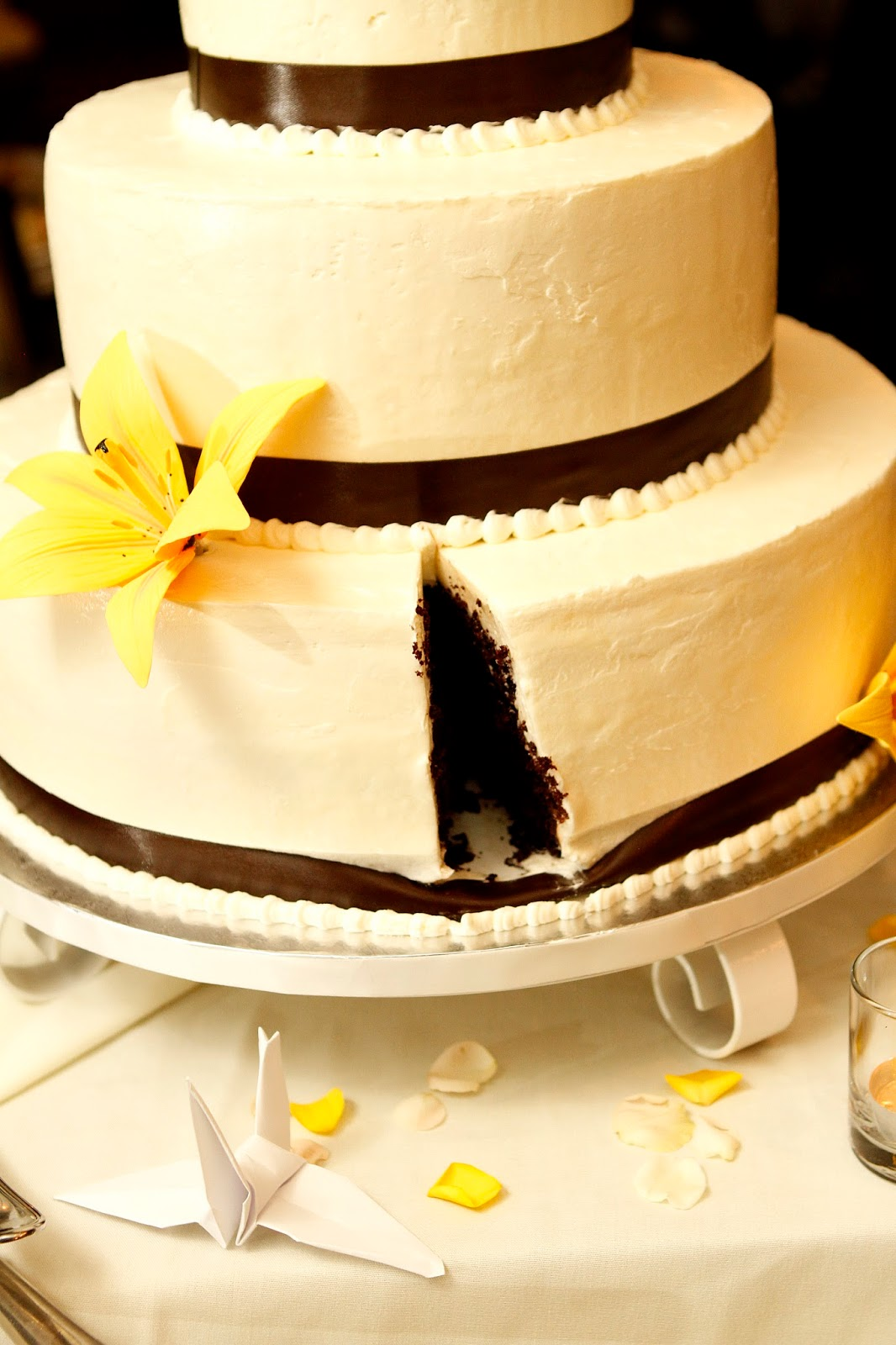A Wedding Cake For Friends | Building Buttercream