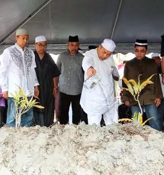 Jenazah bapa Ahmad Zahid selamat dikebumikan di Bagan Datoh