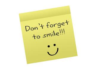 http://1.bp.blogspot.com/-zG_VFaB8km8/T75JFtPGwhI/AAAAAAAAAQY/3NHXnSsocD4/s320/smile.jpg
