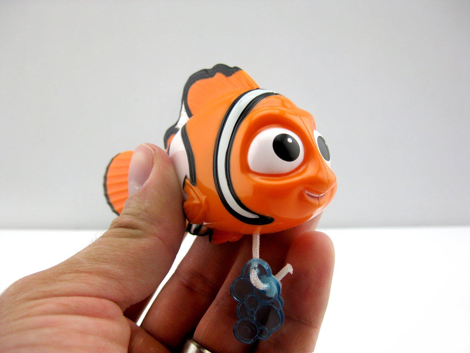 Finding Nemo Toys : Dan the pixar fan finding dory swimming bath toys