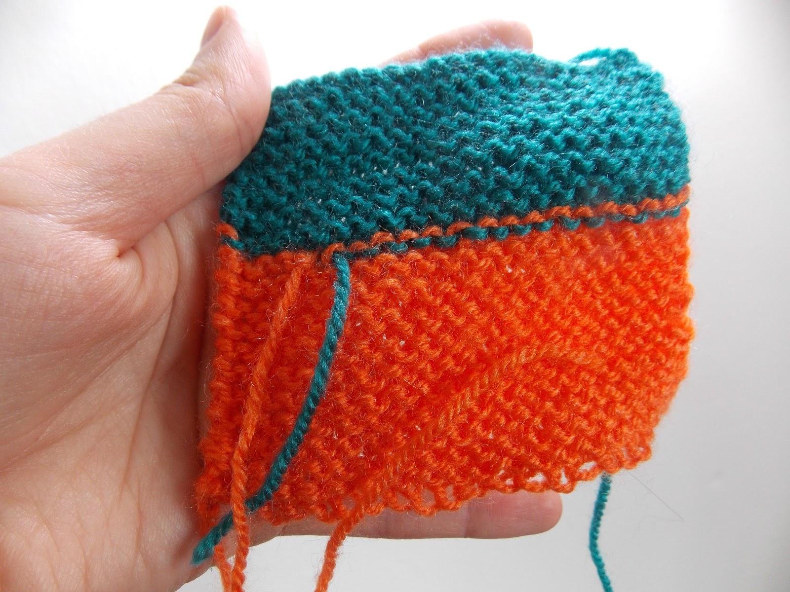 Les aiguilles d 39 amandine les fils qui d passent - Rentrer les fils tricot ...