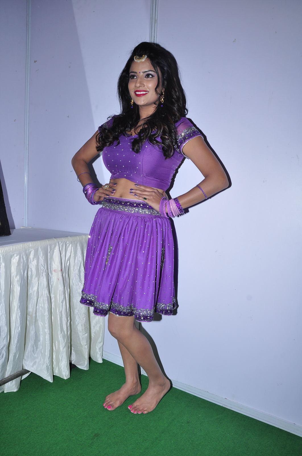Jyothi seth latest sizzling pics-HQ-Photo-4