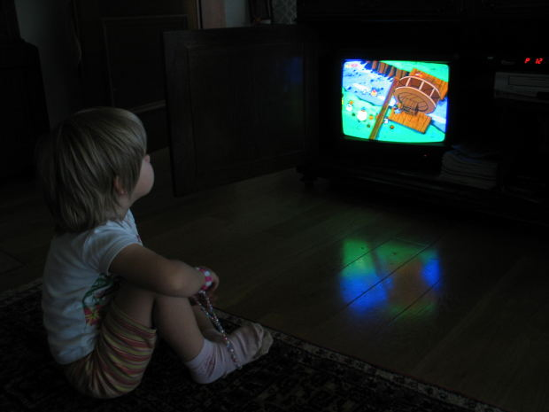 Is There Tv In Your Childs Room >> 6 Reasons Why To Not Put A Tv In Your Child S Bedroom