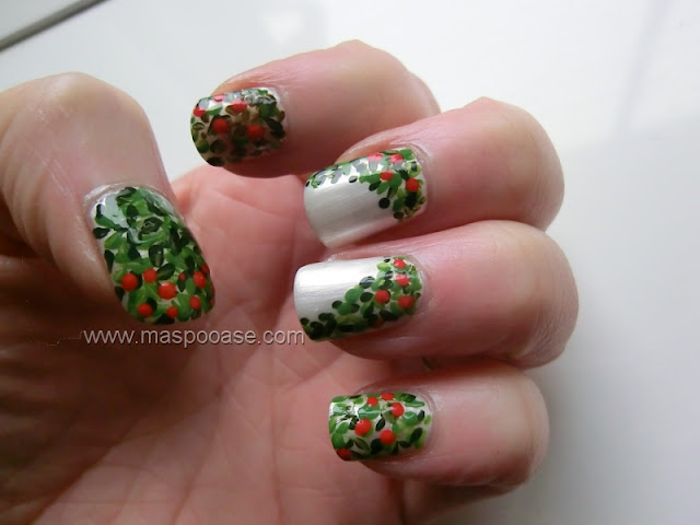 Xmas Wreath Nailart