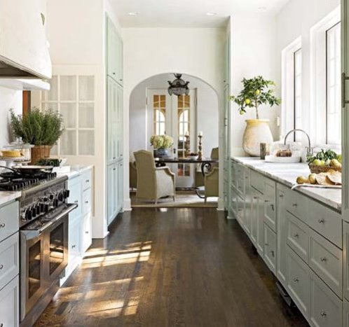 A Perfect Galley Style Kitchen | Content in a Cottage