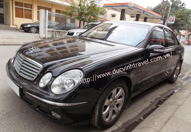 Cho thuê xe cưới Mercedes E240 hạng sang 1