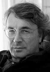 Esther Peñas entrevista al escritor leonés Andrés Trapiello