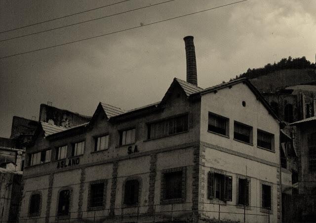 oficinas fabrica clot del moro asland abandono tren cement cemento