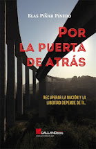 POR LA PUERTA DE ATRÁS disponible como ebook en Amazon