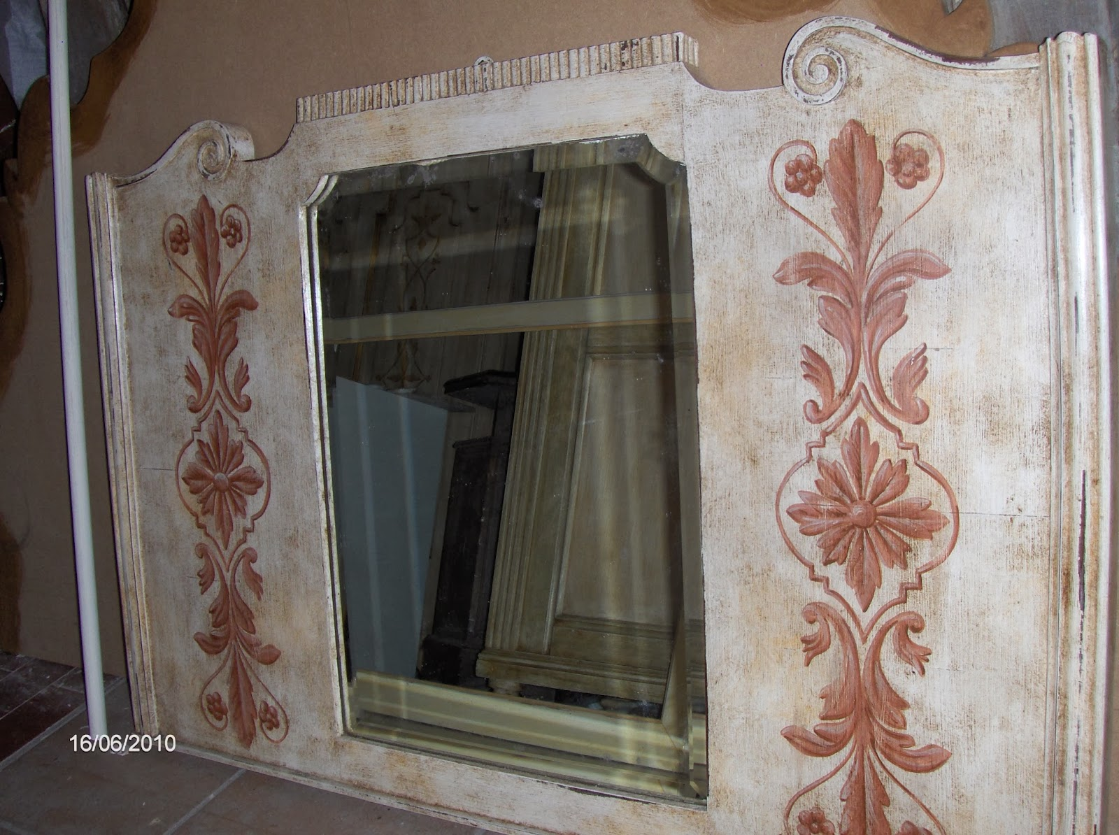 Decora interni restyling con decorazione sui mobili - Blog decorazione interni ...
