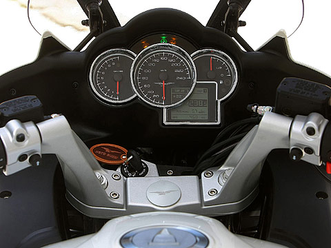 2013 Moto Guzzi V7 Stone motorcycle photos 480 x 360 pixels