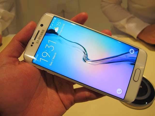 Ketika Galaxy S6 Edge Dibanting-banting
