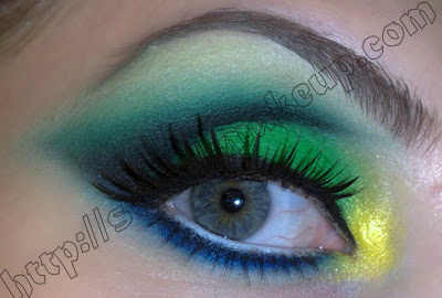 Brazilian Flag Inspired makeup