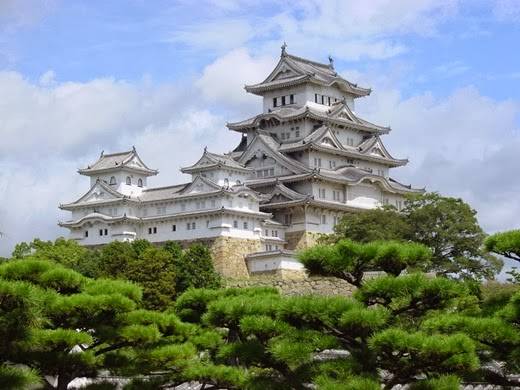 Attractions in Japan must go on. (Part 2) Himeji Castle