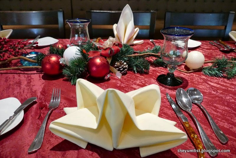 Fuzion Restaurant, Sunway Resort Hotel and Spa, Petaling Jaya, Christmas Buffet, Countdown to Christmas, pork-free, international and local cuisine, water park