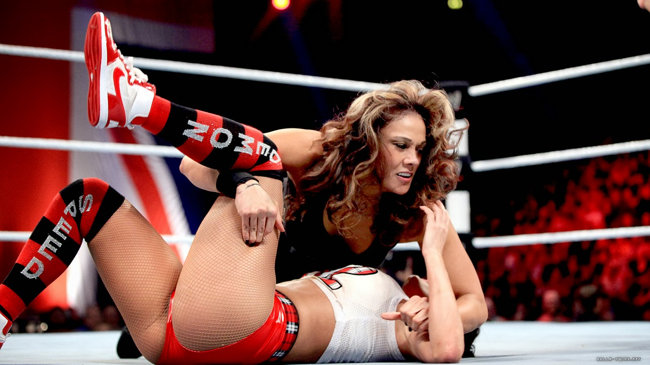 sex having eve Naked divas torres wwe