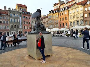 """Martyna Kwiatkowska - autorka bloga i ,,Krainy bez książek"""""""