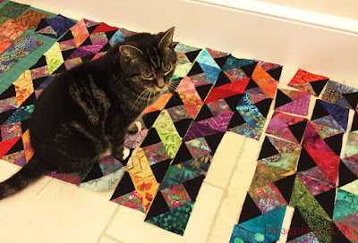 Suzi the Cat helps with the Colourwave Quilt