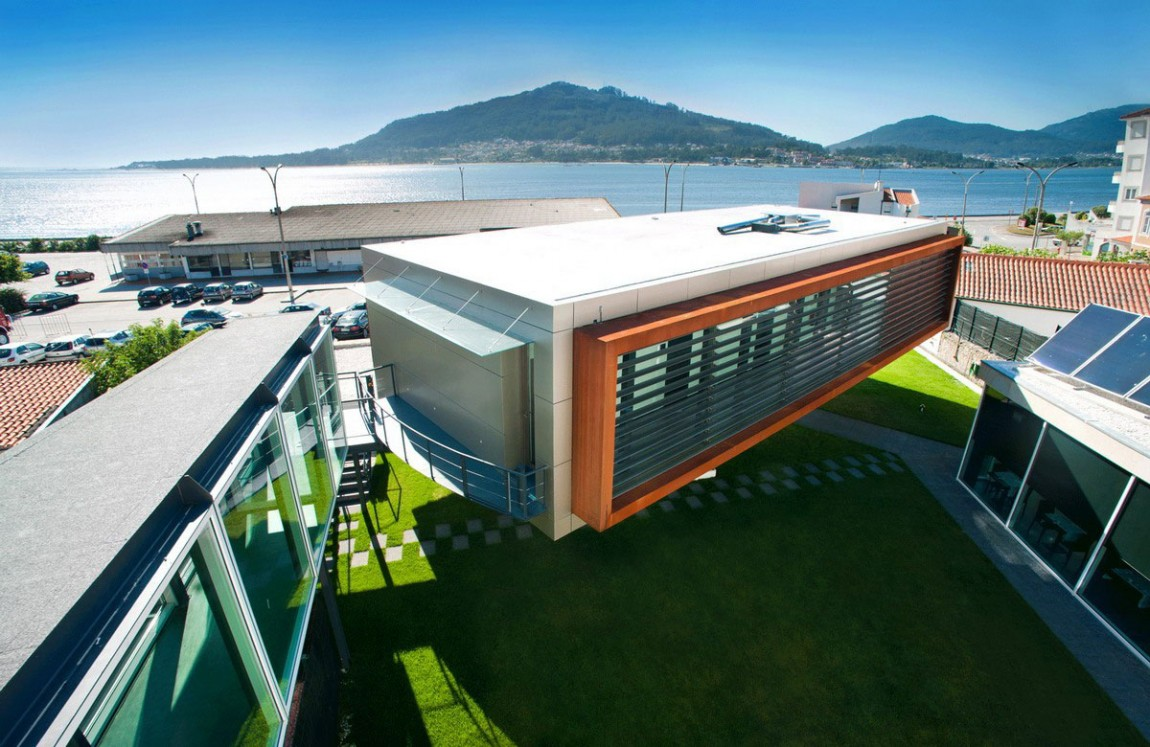 Loveisspeed located in caminha portugal is the for Designhotel portugal