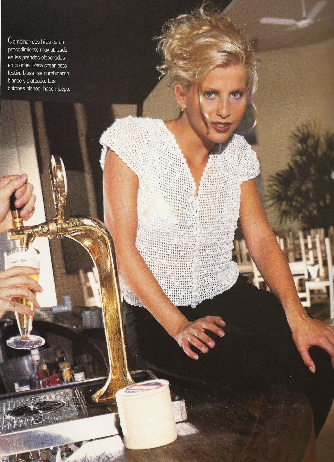 Blusa Blanca con Plateado a Crochet