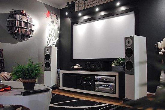 Small Home Theater Room Design Ideas 550 x 367