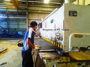Proses Shearing (Potong Pisau) Plat dengan Mesin Shearing CNC