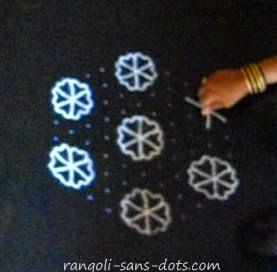 11-dots-flower-rangoli-1.jpg