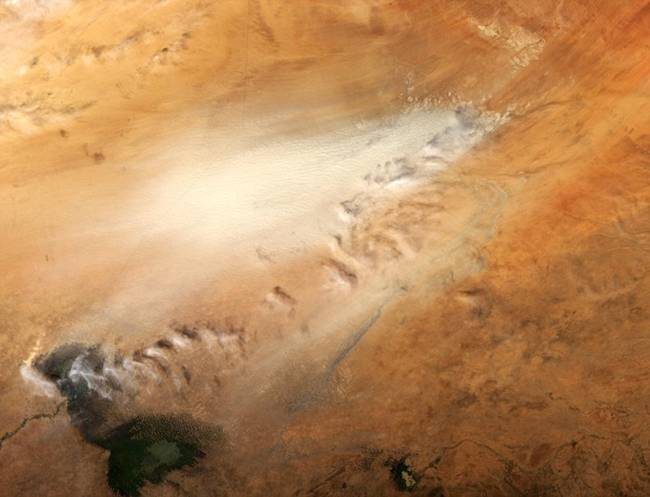 Dust storm in a desert (Chad).
