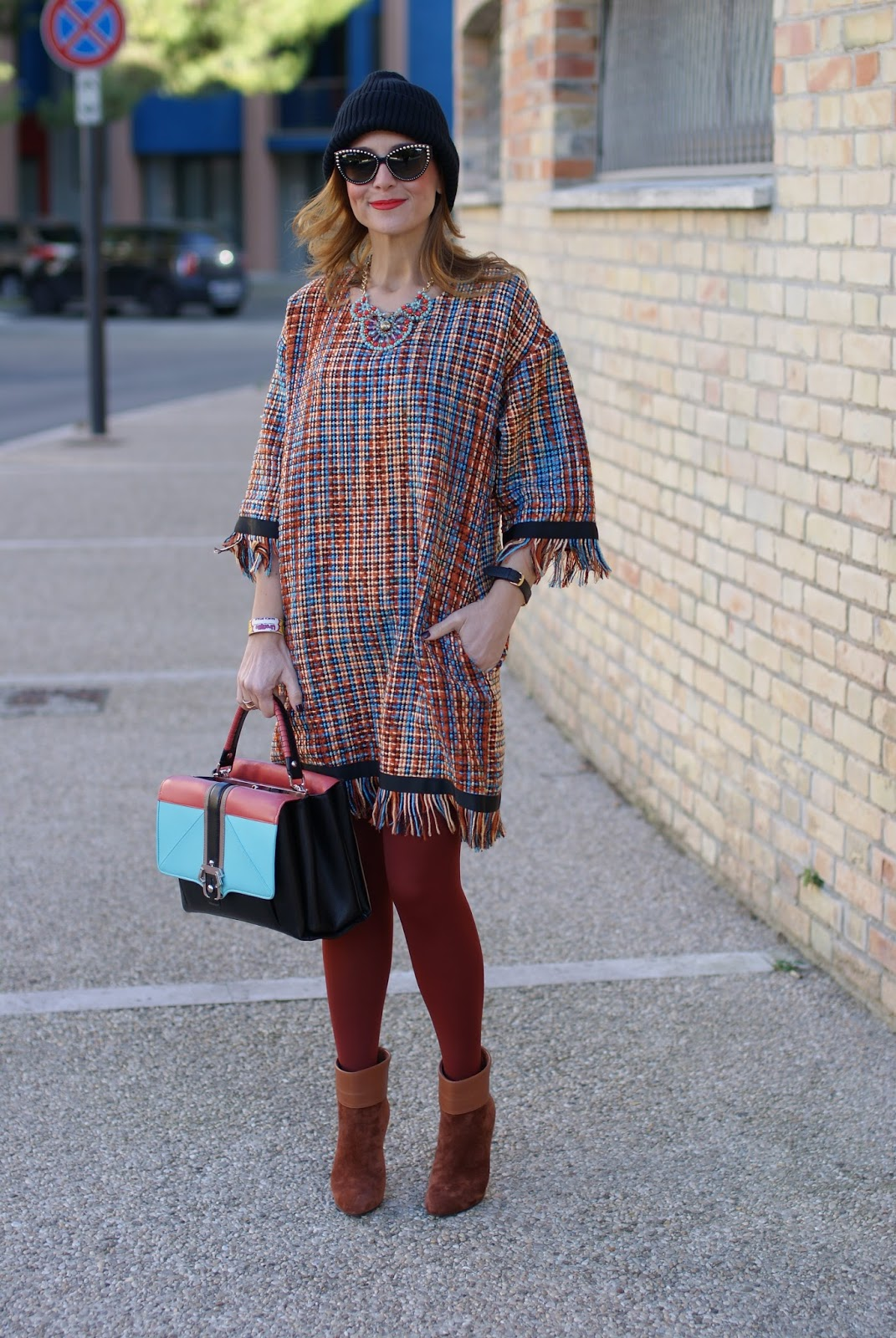 Vogos Gigi dress, Le Silla rust ankle boots and Paula Cademartori Faye bag on Fashion and Cookies fashion blog, fashion blogger style