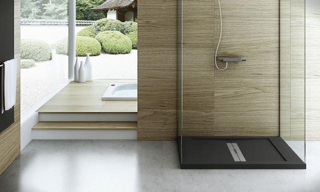 Душевой поддон Fiora Silex Xtreme в ванной комнате
