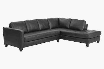 Klage på sofa skeidar
