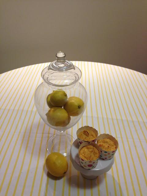 grain free lemon cupcakes >> STARTS WITH CUPCAKES